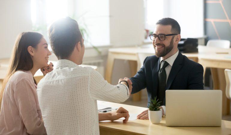 benefits of using an insurance broker